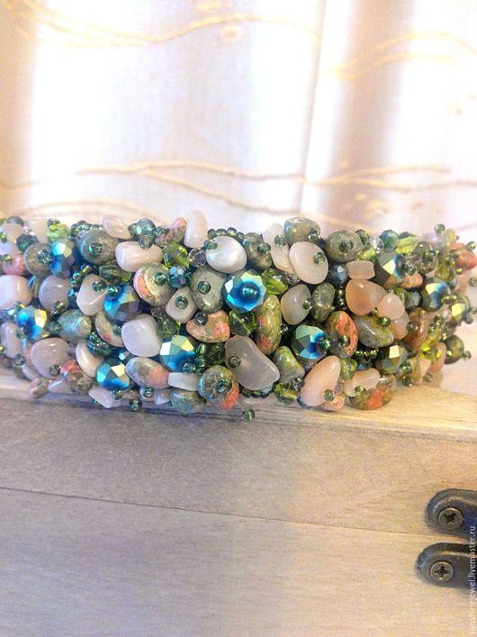 Диадемы, обручи ручной работы. Ярмарка Мастеров - ручная работа. Купить Широкий ободок из натуральных камней и бусин. Handmade. Зеленый