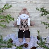 """Куклы и игрушки ручной работы. Ярмарка Мастеров - ручная работа Вязаный заяц """"Федя"""". Handmade."""