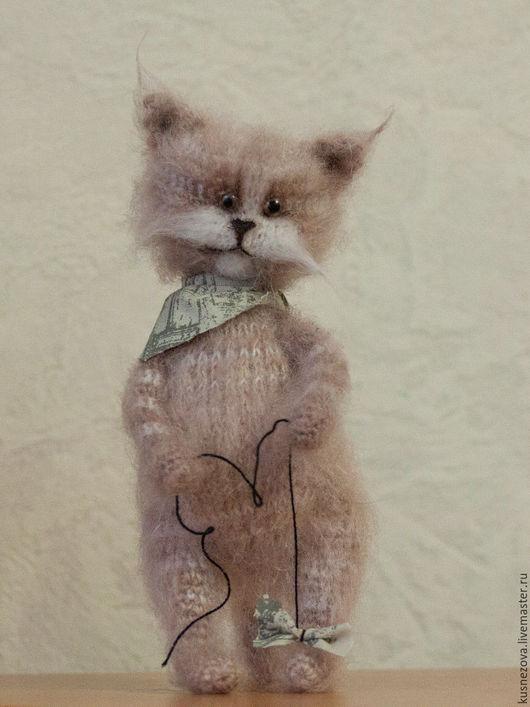 Игрушки животные, ручной работы. Ярмарка Мастеров - ручная работа. Купить Грустный котик с бантиком. Handmade. Разноцветный, пушистый котик