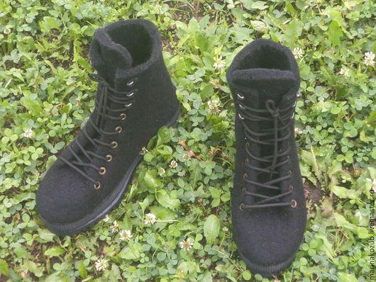 Обувь ручной работы. Ярмарка Мастеров - ручная работа. Купить ботинки мужские из шерсти. Handmade. Черный, Новый Год