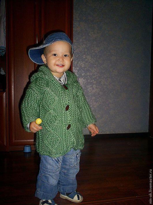 Одежда унисекс ручной работы. Ярмарка Мастеров - ручная работа. Купить вязаный жакет для малыша. Handmade. Тёмно-зелёный, капюшон