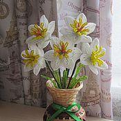 Цветы и флористика ручной работы. Ярмарка Мастеров - ручная работа Нарциссы в плетеной вазочке. Handmade.