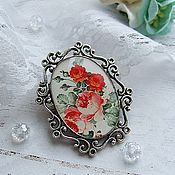 Украшения handmade. Livemaster - original item Vintage Brooch Red Roses on a White Background Boho Brooch on the dress. Handmade.