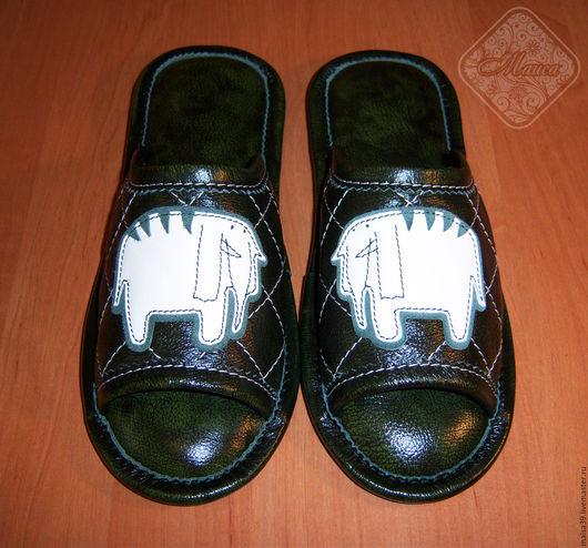 Обувь ручной работы. Ярмарка Мастеров - ручная работа. Купить Кожаные тапочки «Слон  редкий (полосатый)». Handmade. Тёмно-зелёный
