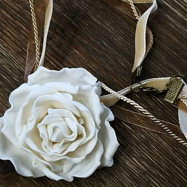 """Украшения ручной работы. Ярмарка Мастеров - ручная работа Колье """"Роза"""" из фарфора parian большая. Handmade."""