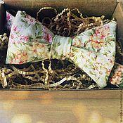 Аксессуары ручной работы. Ярмарка Мастеров - ручная работа Галстук-бабочка «Цветочный мотив». Handmade.