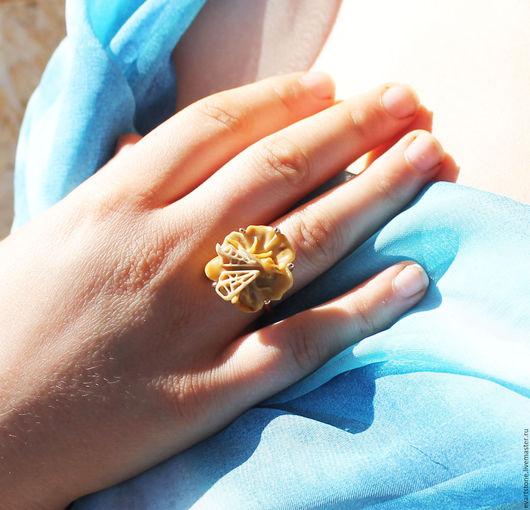 Кольца ручной работы. Ярмарка Мастеров - ручная работа. Купить кольцо муха-цокотуха наутро. Handmade. Комбинированный, подарок, резной