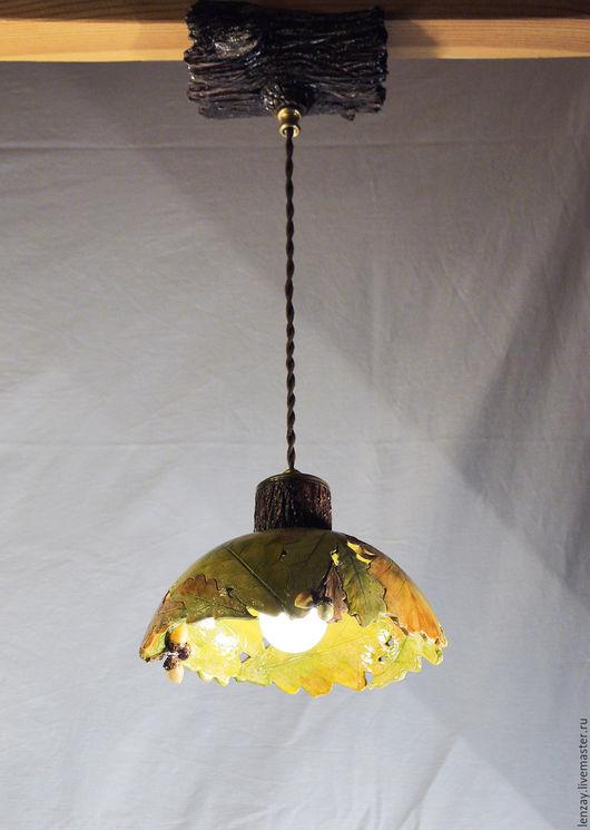 Светильник для загородного дома `Дубовые листья и желуди`. Ажурная керамика и цветы в керамике Елены Зайченко