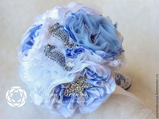 Свадебные цветы ручной работы. Ярмарка Мастеров - ручная работа. Купить Брошь-букет в морском стиле. Handmade. Голубой