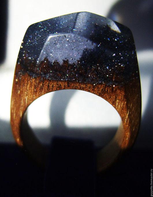 Деревянное кольцо. Кольцо из натурального дерева.