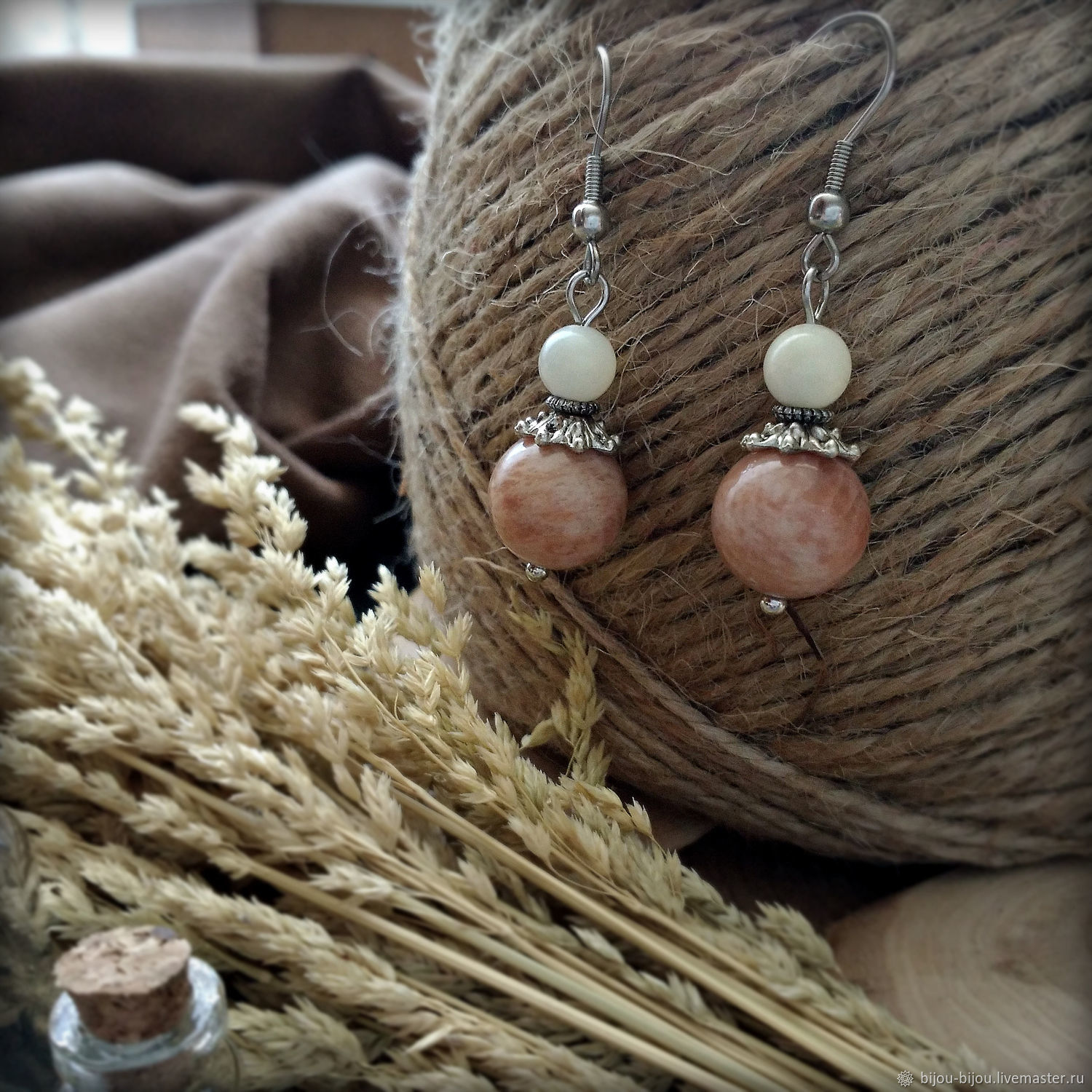 Earrings with natural sun stone and mother of pearl, hypoallergenic, Earrings, Tyumen,  Фото №1
