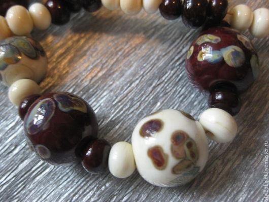 """Колье, бусы ручной работы. Ярмарка Мастеров - ручная работа. Купить Бусы из муранского стекла """"Шоколадный орех и слоновая кость"""". Handmade."""
