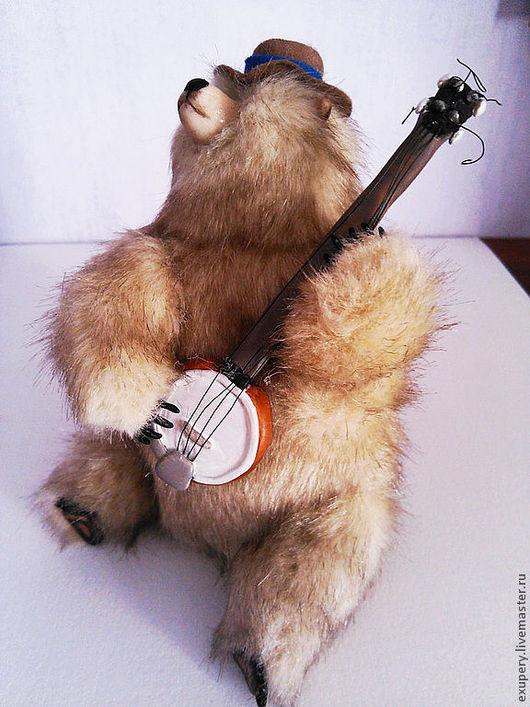 Игрушки животные, ручной работы. Ярмарка Мастеров - ручная работа. Купить Игрок на Банджо. Handmade. Золотой, медведь, проволока