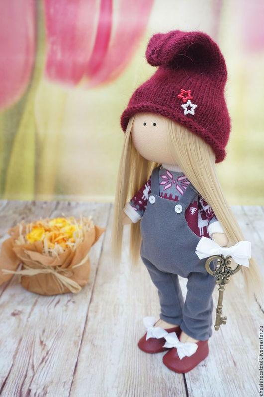 Коллекционные куклы ручной работы. Ярмарка Мастеров - ручная работа. Купить Интерьерная текстильная кукла. Handmade. Бордовый, текстильная кукла