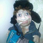 Куклы и пупсы ручной работы. Ярмарка Мастеров - ручная работа интерьерная кукла Мужичок с гармошкой. Handmade.