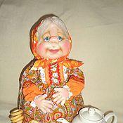 Для дома и интерьера ручной работы. Ярмарка Мастеров - ручная работа Бабушка - текстильная кукла грелка на чайник. Handmade.