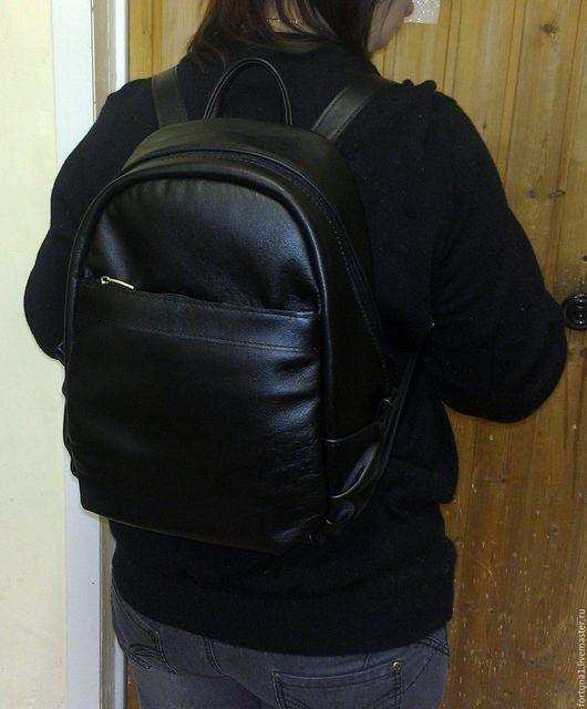 Рюкзаки ручной работы. Ярмарка Мастеров - ручная работа. Купить Рюкзак кожаный городской 85. Handmade. Черный, рюкзак кожа