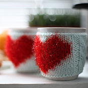 Для дома и интерьера handmade. Livemaster - original item Knitted cover on a mug of Hot Heart. Handmade.