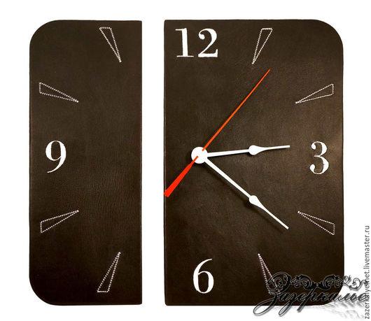 Часы для дома ручной работы. Ярмарка Мастеров - ручная работа. Купить Дизайнерские часы из натуральной кожи с машинной вышивкой. Handmade.
