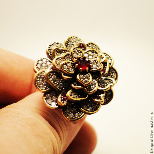"""Кольца ручной работы. Ярмарка Мастеров - ручная работа. Купить Шикарное серебряное кольцо 925 пробы рубин """"Цветок Королевы"""". Handmade."""
