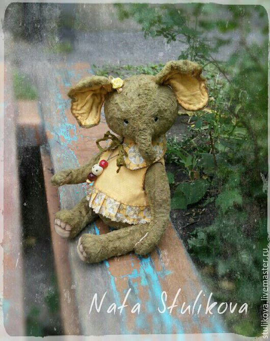 Мишки Тедди ручной работы. Ярмарка Мастеров - ручная работа. Купить Слоник тедди Оли...Оливия (рост 26 см, сидя 20 см). Handmade.