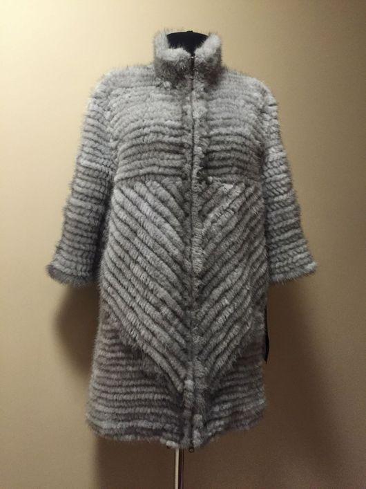 Пальто из вязаной норки `Манола` голубое