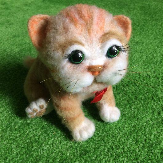Игрушки животные, ручной работы. Ярмарка Мастеров - ручная работа. Купить Зеленоглазый котёнок. Handmade. Котенок, игрушка, бантик, полосатый