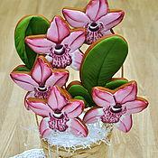 Сувениры и подарки ручной работы. Ярмарка Мастеров - ручная работа Корзина орхидей - букет пряничных цветов. Handmade.