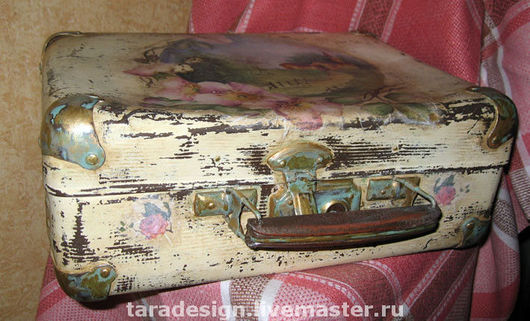 Шкатулки ручной работы. Ярмарка Мастеров - ручная работа. Купить Старенький чемоданчик. Handmade. Декупаж, прованс, витрина, битум жидкий