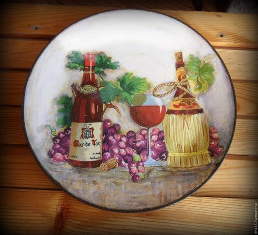 Натюрморт ручной работы. Ярмарка Мастеров - ручная работа. Купить декоративная тарелка из серии Винный погребок. Handmade. Комбинированный