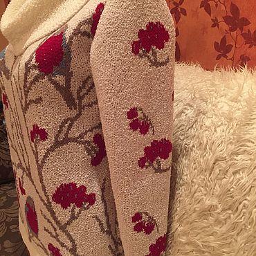 Одежда ручной работы. Ярмарка Мастеров - ручная работа Джемперы: Вязаный джемпер»Снегири». Handmade.
