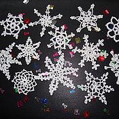 Подарки к праздникам ручной работы. Ярмарка Мастеров - ручная работа Ажурные снежинки. Handmade.