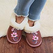 Обувь ручной работы handmade. Livemaster - original item Women`s chuni made of Australian sheepskin with a solid sole. Handmade.