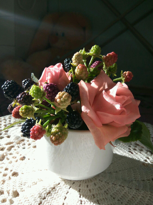 Чайный букет с ежевикой, Цветы, Дубна,  Фото №1