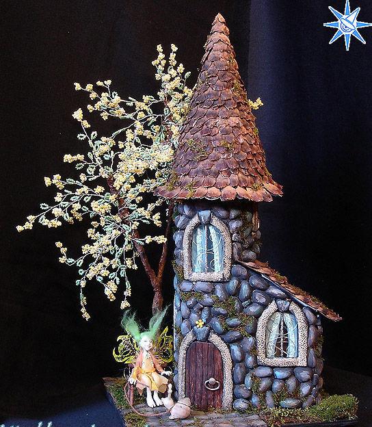 Сделать поделку своими руками сказочный домик