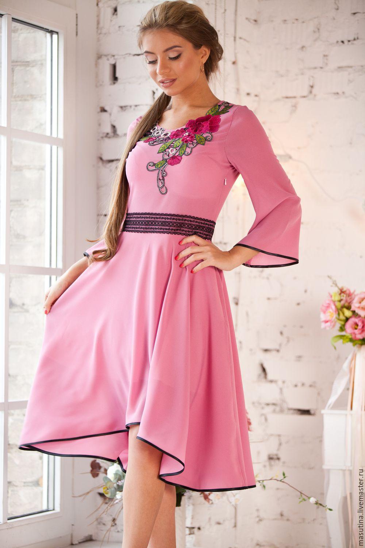 Брусничные платья