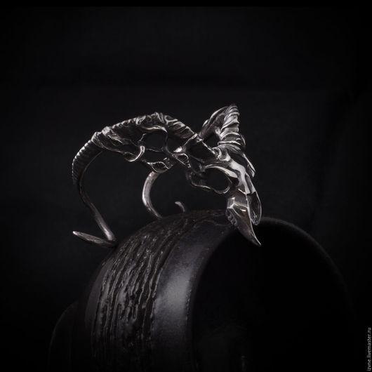 Браслет `Шаб-Ниггурат`, серебро или бронза, автор: Прасковья Власова