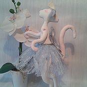 Куклы и игрушки ручной работы. Ярмарка Мастеров - ручная работа Киса Лариса из  Рашелии. Грунтованная текстильная игрушка. Handmade.