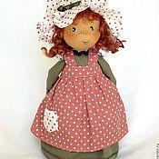 Куклы и игрушки ручной работы. Ярмарка Мастеров - ручная работа Маленькая смешная  Sally - веснушки, рыжие косички, зеленый. Handmade.