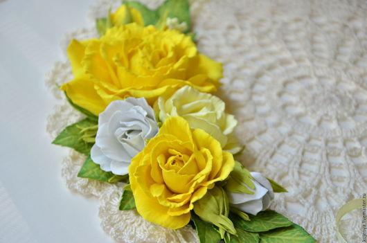 """Колье, бусы ручной работы. Ярмарка Мастеров - ручная работа. Купить Колье с розами из фоамирана """"Солнечное настроение"""" желтое яркое. Handmade."""