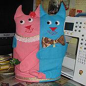 """Для дома и интерьера ручной работы. Ярмарка Мастеров - ручная работа Грелка на чайник """"Влюбленные коты"""". Handmade."""