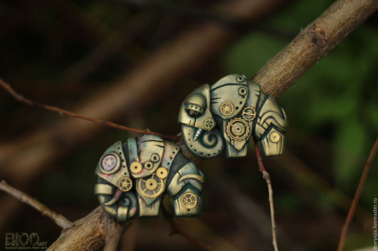 """Кулоны, подвески ручной работы. Ярмарка Мастеров - ручная работа. Купить Steampunk кулон """"Оливковый слон"""".. Handmade. Полимерная глина"""