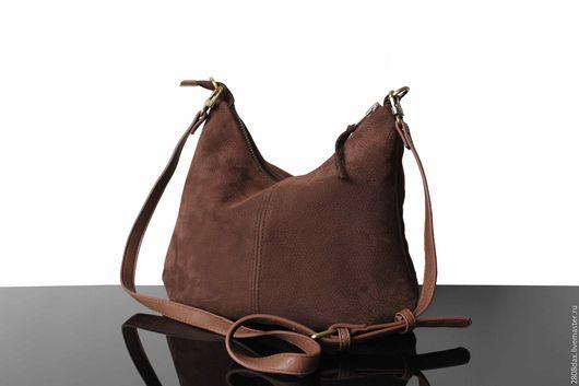 Женские сумки ручной работы. Ярмарка Мастеров - ручная работа. Купить Замшевая сумка, хобо средний, коричневая сумка, сумка из замши. Handmade.