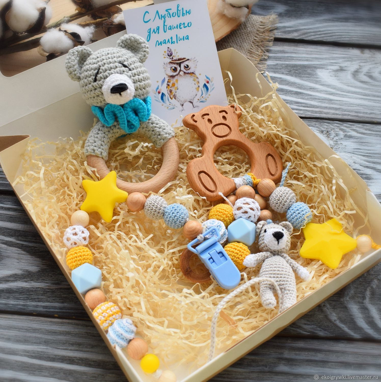 Подарочный набор для новорожденного:погремушка ,грызунок,держатель, Подарок новорожденному, Обнинск,  Фото №1