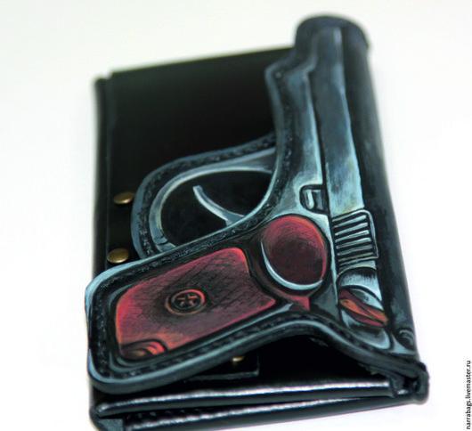 """Кошельки и визитницы ручной работы. Ярмарка Мастеров - ручная работа. Купить Портмоне """"Пистолет"""". Handmade. Черный, подарок мужчине"""