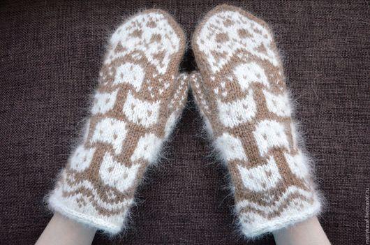 """Варежки, митенки, перчатки ручной работы. Ярмарка Мастеров - ручная работа. Купить Варежки из собачьего пуха и верблюжьей шерсти """"Кошки"""". Handmade."""