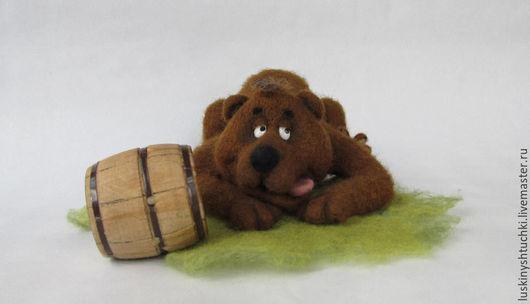 Игрушки животные, ручной работы. Ярмарка Мастеров - ручная работа. Купить Медведь - сластёна. Handmade. Коричневый, валяный медведь, мохнатый