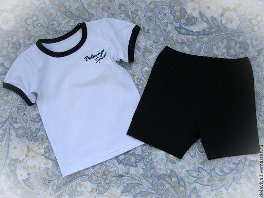 """Одежда для мальчиков, ручной работы. Ярмарка Мастеров - ручная работа. Купить Костюм для занятий """"Простой"""" от делавьи. Handmade. Чёрно-белый"""