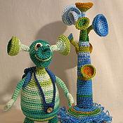 Куклы и игрушки ручной работы. Ярмарка Мастеров - ручная работа Инопланетянин (папа). Handmade.