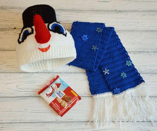 Детские карнавальные костюмы ручной работы. Ярмарка Мастеров - ручная работа. Купить Набор вязаный Снеговичок- шапка и шарфик. Handmade.
